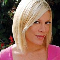 Co-Grand Marshal Actress Tori Spelling