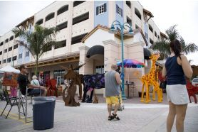 Click to Downtown Delray Beach Thanksgiving Weekend Art Festival